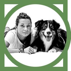 Stefania Consonni educatrice cinofila presso Dog Me Five e il suo cane